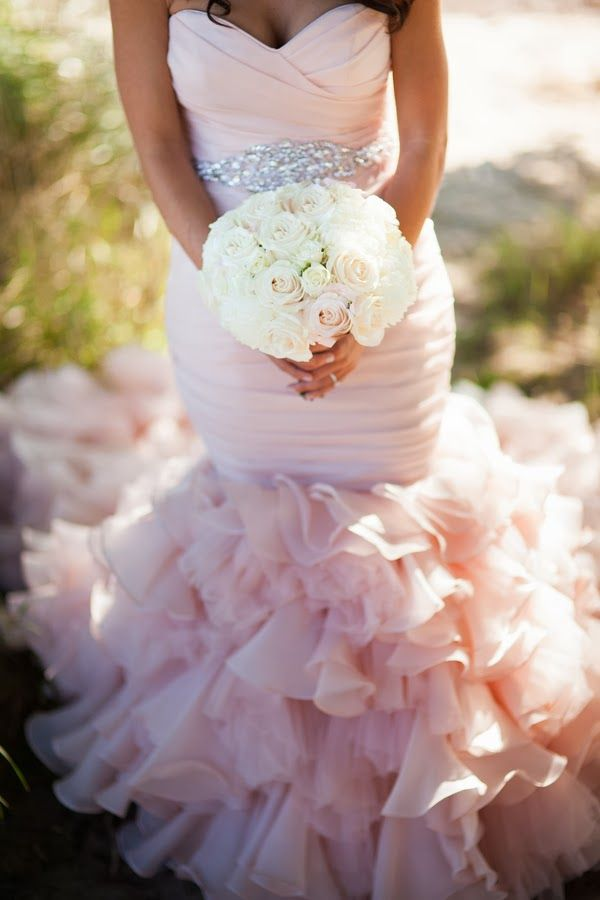 Dirty Wedding Tumblr.Eight Fab Not White Wedding Dresses Visuelle Productions S